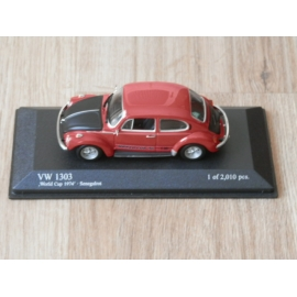 Minichamps World Cup Kever 1303 Rood.