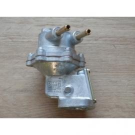 Benzinepomp BCD na 08-1965.